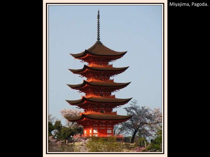 Miyajima, Pagoda.<br />