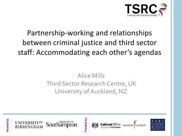 Partnership-working and relationships               between criminal justice and third sector             staff: Accommoda...