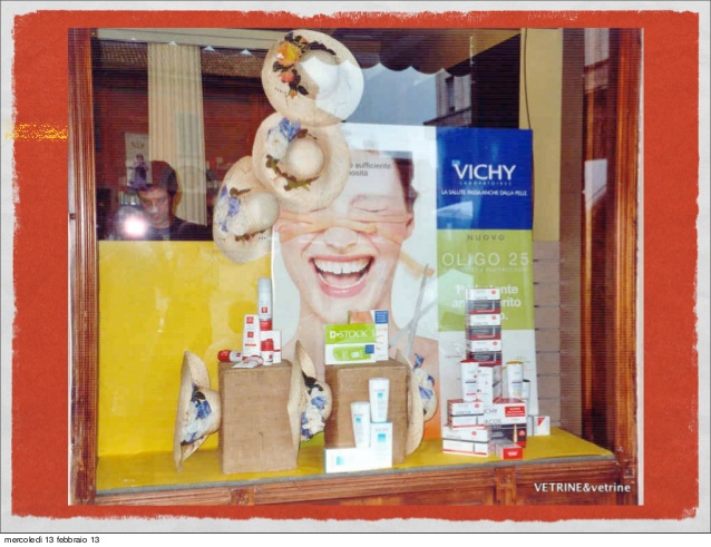 Super Pdf presentazione VETRINE & vetrine in farmacia IM52