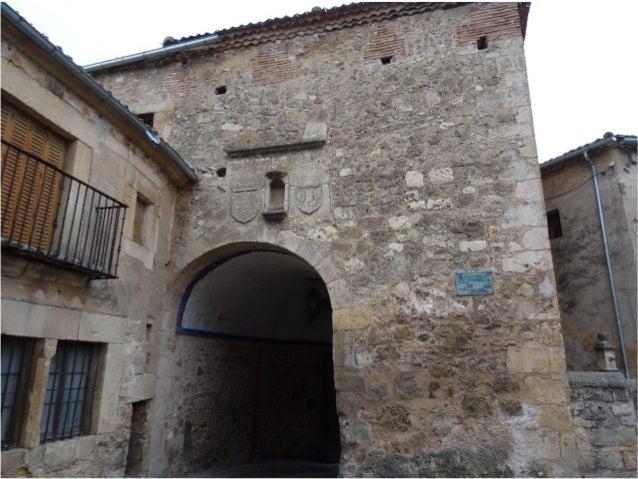 El castillo de Pedraza fueEl castillo de Pedraza fue construido en el s. XIIIconstruido en el s. XIII sobre los restos des...