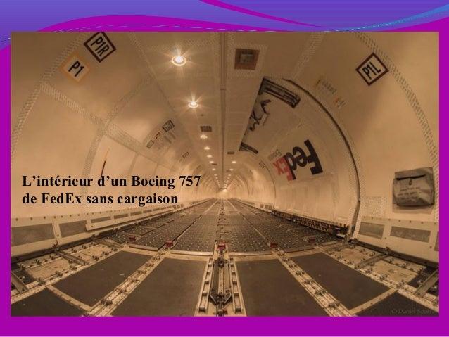 L'intérieur d'un Boeing 757 de FedEx sans cargaison