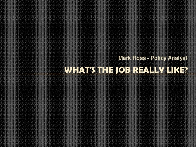 how to become a policy analyst