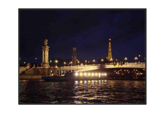 Reliant la Cour carré duLouvre à lInstitut de France(appelé Palais des Arts sousle    Premier    Empire),    lapasserelle ...