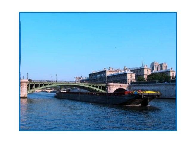 Situé à l'époque en dehors de Paris, le pont de Bercy a été inauguré en 1864 pour remplacer unouvrage suspendu, jugé trop ...