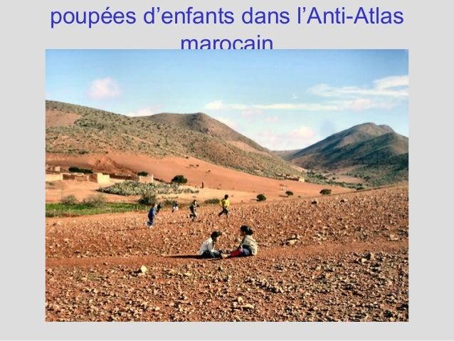 poupées d'enfants dans l'Anti-Atlas marocain