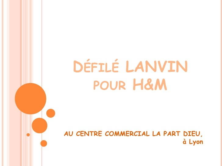 Défilé LANVIN pour H&M<br />AU CENTRE COMMERCIAL LA PART DIEU, à Lyon<br />