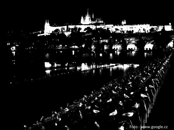 Prag <ul><li>Ist   die  Haupstadt  derTschechischen Republik </li></ul><ul><li>Hat 10,3 Mio Einwohner </li></ul><ul><li>Di...
