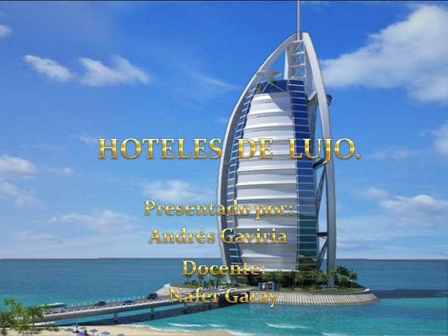 Es el hotel más caro del mundo. Sólo tiene suites dobles y la suite real cuesta 28 mil dólares por noche. El edificio está...