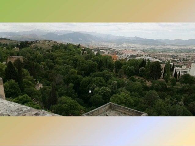 La Alhambra, Generalife y Jardines. Slide 2
