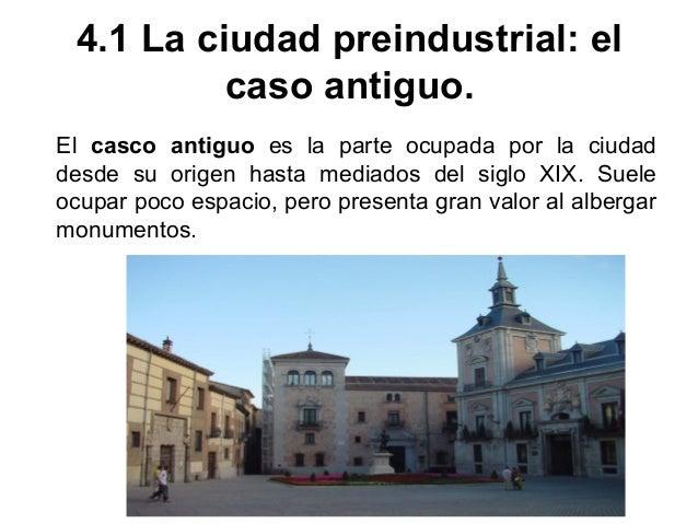 La ciudad cristiana se articuló en torno a iglesias y castillos, adoptando planos diversos: irregulares, radiocéntricos, l...