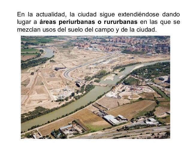 En España se distinguen dos etapas en la evolución de las áreas metropolitanas: en la época industrial entre 1900 y 1975 s...