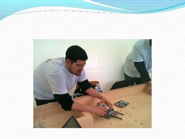 On présente nos ateliers et on change notre image… enfaisant une démo de ukulélé avec un iPad et un iPhone,par exemple…