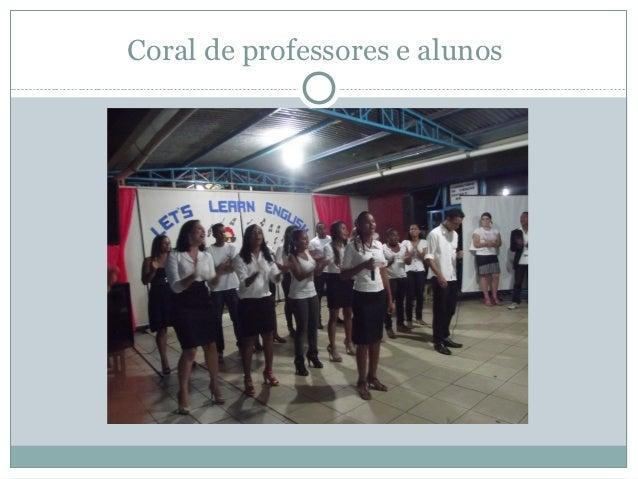 Coral de professores e alunos