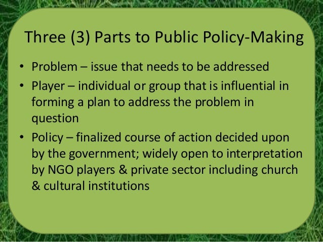 role of public administration in policy making