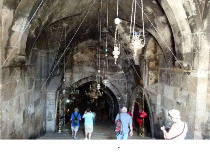 כנסיית קבר מרים ממוקמת בתוך מערה תת-קרקעית שהיא, על פי המסורת הנוצרית אורטודוקסית, מקום קבורתה של מרים אם ישו.<br />