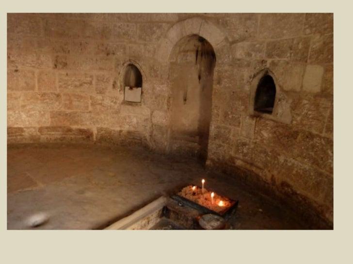 כנסיית העליה לשמים, הנוצרים באים להתפלל במקום החל ביום חמישי, ארבעים יום לאחר הפסחא.<br />