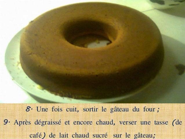 10. Finalement, décorer le gâteau avec de la noix de coco                          râpée