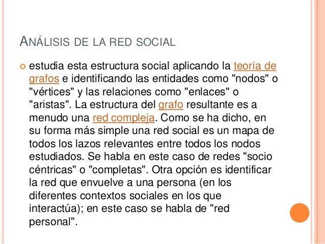 VENTAJAS DE LAS REDES SOCIALES  Puede ser utilizada en el sector académico y en el laboral para el intercambio de diversa...