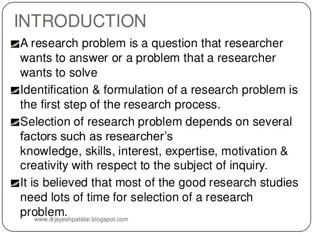 how does a literature review help in selecting a research question
