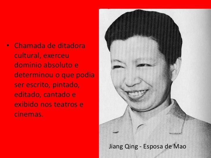 """Guarda Vermelha• """"Livro Vermelho"""" de Mao  como base doutrinária• Humilhavam e castigavam  revisionistas, direitistas,  bur..."""