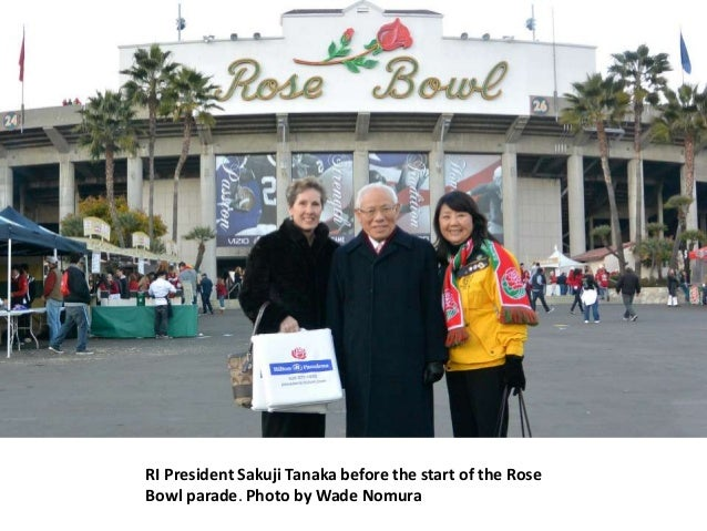 RI President Sakuji Tanaka before the start of the RoseBowl parade. Photo by Wade Nomura