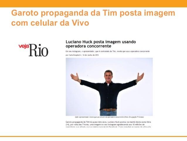 Garoto propaganda da Tim posta imagem  com celular da Vivo