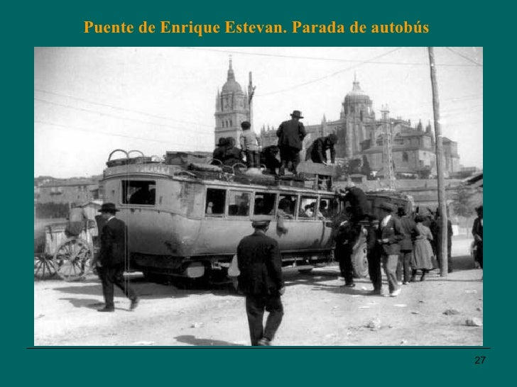 Puente de Enrique Estevan. Parada de autobús
