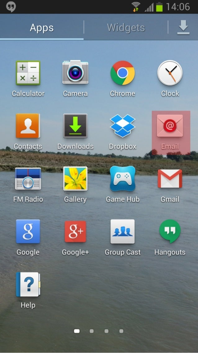 "Calculator        Downloads  Google+  Chrome  Dropbox  Group Cast  ""I! -.106     Gmail  WV LL  Hangouts"