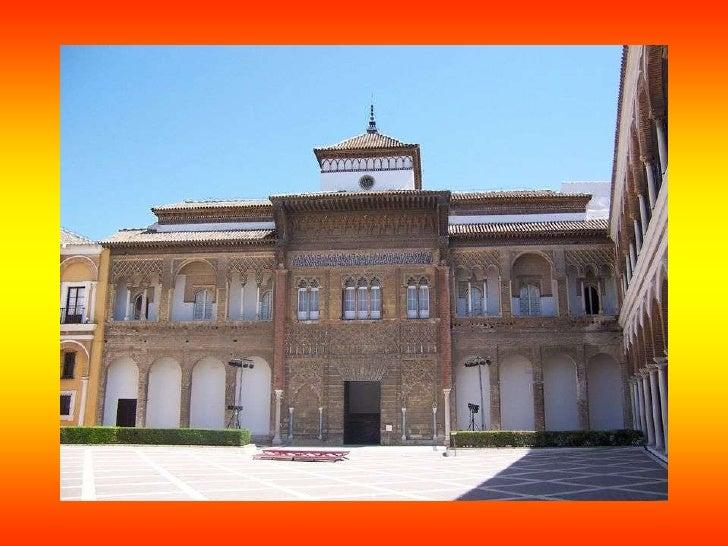 LA CATEDRAL DE SEVILLA: Su construcción se inició en 1401 sobre la mezquita mayor de estilo almohade, de la cual conserva ...
