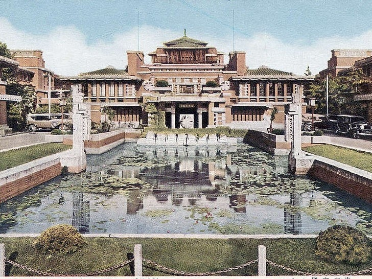 Frank Lloyd Wright's Imperial Hotel, Japan, survived an earthquake The reflecting pool provided a source of water for fire...