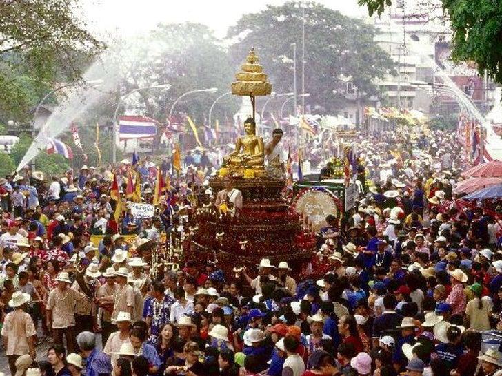 Songkran Festival Happy Thai New Year - selected images of Songkran Festival 2012 in Thailand with Tewan Sapsanyakorn's 'Rum Wong Wun Songkran'    Slide 2