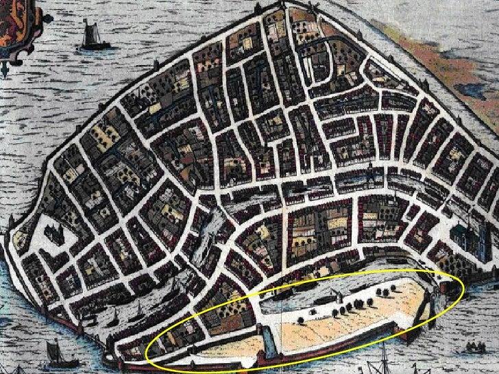 In de Gouden Eeuw groeit de stad snel. De komst van o.a. de Hugenoten zorgt voor de eerste grote stadsuitbreiding buiten d...