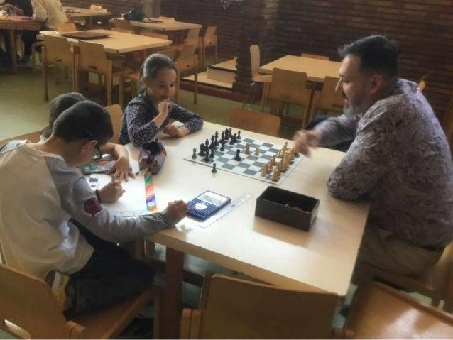 Tardes escacs amb avis i àvies dels nens de 3r de Primària