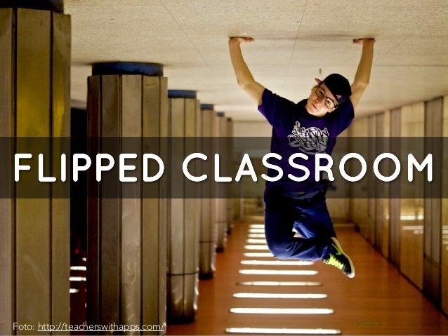 PFlipped classroom (modelo pedagógico) Se trata de llevar a cabo una forma de aprendizaje semipresencial donde los alumnos...