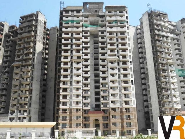 Overview : - Designed by renowned and awarded architects,  Nivedita and Uday Pande Consultants,  The Edge Towers are the l...