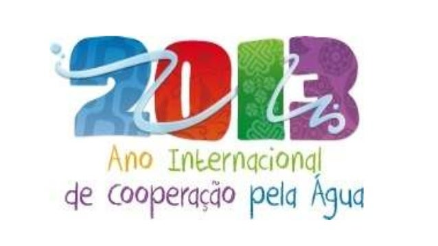 """2005-2015: Década Internacional para Ação""""Água, Fonte de Vida""""O objetivo deste ano internacional de cooperação pela água é..."""