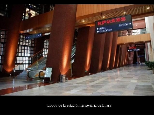 Corredor principal de salida de la Estación de Lhasa