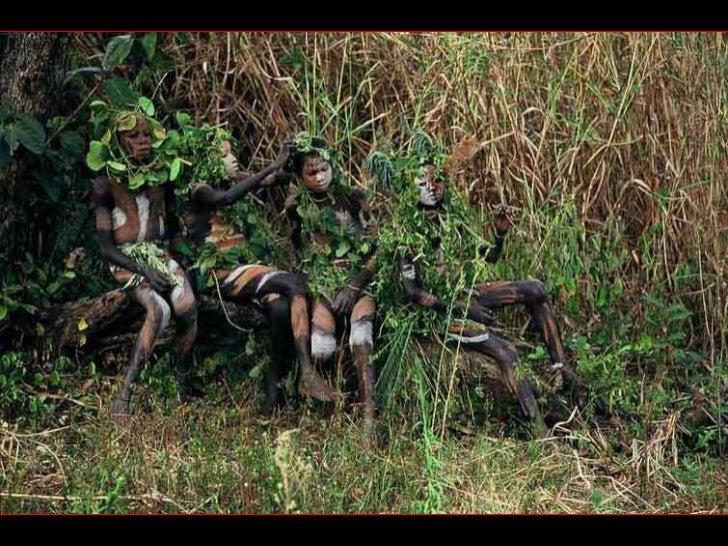Las tribus del Omo.Las fronteras de Etiopía, a siglos de la modernidad, Hans Sylvester fotografió a lastribus durante seis...