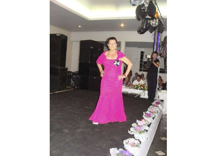 Uma noite mágica   desfile das 23 candidatas a rainha da melhor idade 2011