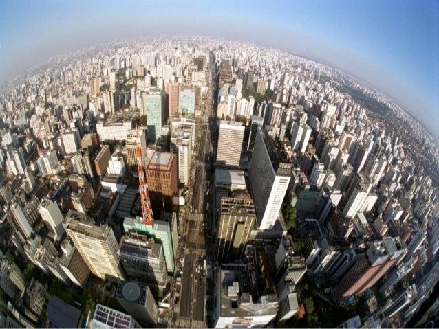 Crescimento urbano X UrbanizaçãoCrescimento urbano: correspondeao aumento no número dehabitantes de uma cidade e da áreaur...