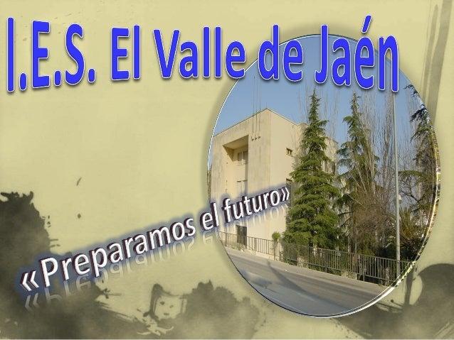 """ Las instalaciones del I.E.S. """"El Valle"""" se encuentran situadas en la Carretera de Madrid dentro de la nueva zona de expa..."""