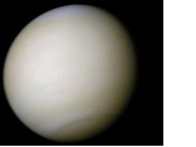 • Planeta Venus intr-o imagine in ultraviolet, de la o distanta de 30.000 de km. Culoarea albastra a norilor se datoreaza ...