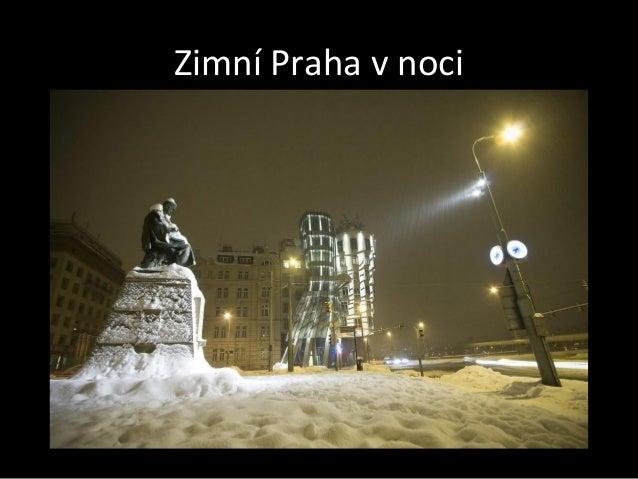 Zimní Praha v noci
